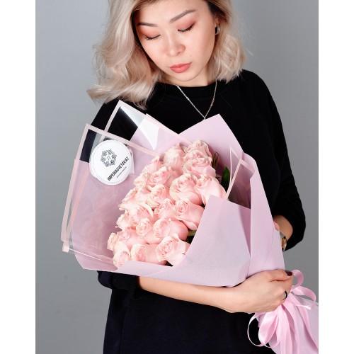 Купить на заказ Заказать Букет из 25 розовых роз с доставкой по Семей  с доставкой в Семее