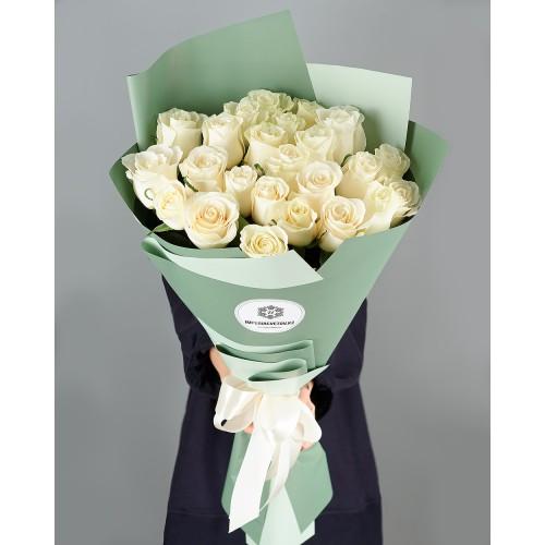 Купить на заказ Заказать Букет из 25 белых роз с доставкой по Семей  с доставкой в Семее