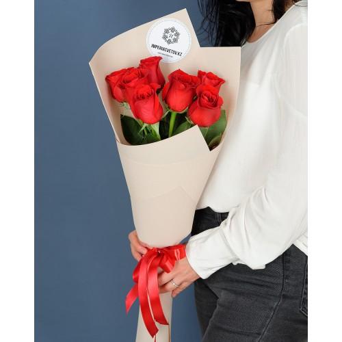 Купить на заказ Заказать Букет из 7 роз с доставкой по Семей  с доставкой в Семее
