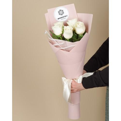 Купить на заказ Заказать Букет из 5 роз с доставкой по Семей  с доставкой в Семее