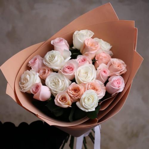 Купить на заказ Заказать Букет из 21 розы (микс) с доставкой по Семей  с доставкой в Семее
