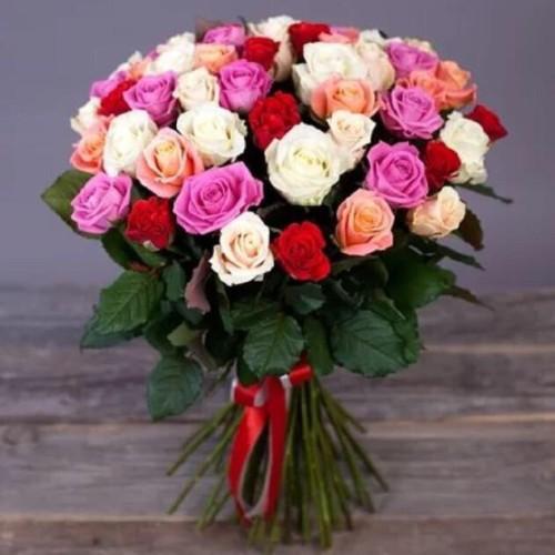 Купить на заказ Заказать Букет из 31 розы (микс) с доставкой по Семей  с доставкой в Семее